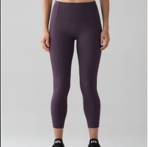 All the right places crop ll lululemon